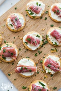 My Easy Creamy Prosciutto Cracker Appetizer is just a cracker topped with creamy mix,little curl of prosciutto and a drizzle of honey. Best Holiday Appetizers, Best Appetizer Recipes, Halloween Appetizers, Crackers Appetizers, Finger Food Appetizers, Potato Appetizers, Prosciutto Appetizer, Kielbasa Appetizer, Eggplant Appetizer