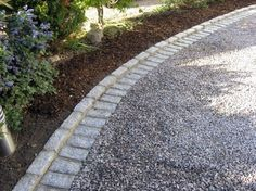 driveway border...love this ...can you say next project