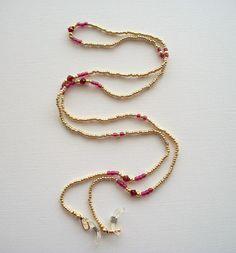 Golden Eyeglass Necklace Beaded Lanyard with Red Swarovski Crystals Seed Bead Jewelry, Beaded Jewelry, Handmade Jewelry, Beaded Necklace, Lanyard Designs, Wooden Bead Necklaces, Beaded Lanyards, Evil Eye Jewelry, Bijoux Diy