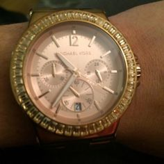 Rose gold Michael Kors watch Great condition, crystals around the face of the watch. Michael Kors Accessories Watches