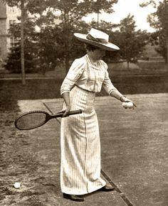 Ena jugando al tenis en Santander