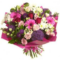 Beautifully designed bouquet of flowers!