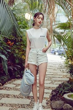 In Time Shorts | Korean Fashion #chuu