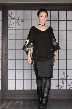 画像3: キモノスリーブVネックチュニック Tokyo Fashion, Office Fashion, Beautiful Outfits, Cool Outfits, Traditional Japanese Kimono, Vintage Kimono, Kimono Dress, Costume, Outerwear Women