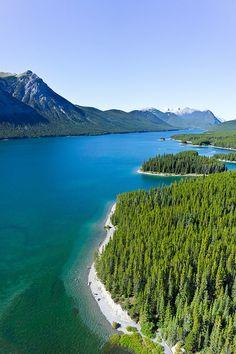 Lower Kananaskis Lake in Alberta, Canada (by yurik_ryba).