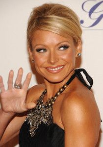 Kelly Ripa was born on October She first appeared as a dancer within the TV present Dance Party USA from 1986 to She finally bought into appearing, for which she landed the Kelly Ripa, Christmas Day Parade, Plastic Surgery Before After, Celebrity Plastic Surgery, Show Dance, Liposuction, The Cw, Celebs, Celebrities