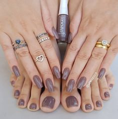 Great color, especially on the toes Sexy Nails, Nude Nails, Gorgeous Nails, Pretty Nails, Nail Paint Shades, Nail Swag, Toe Nail Designs, Manicure And Pedicure, Nails Inspiration