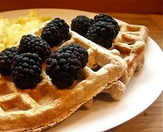 Healthy Whole Wheat Waffles with Oats