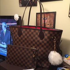 Louis Vuitton neverfull mm damier ebene No flaws. Used for one week. 100% authentic. Comes with dust bag and tags. Date code SD3175. Can do ️️ Louis Vuitton Bags Totes