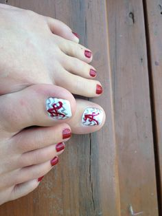 Alabama Football, Roll Tide!  This is what I attempted to do but couldn't explain it in Louisiana. Mine look like Chinese alphabet.