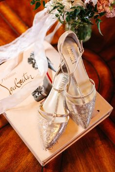 wedding shoes - photo by Jenn Emerling - http://www.ruffledblog.com/french-romantic-carondelet-house-wedding