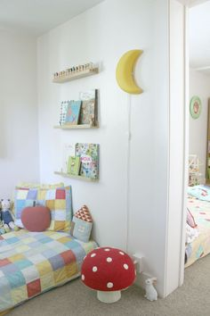 Tiny Tours: Mia's Room | f&f blog