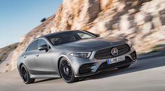 La nouvelle Mercedes CLS face à sa devancière - L'Automobile Magazine Mercedes Cls, Supercars, Motor Diesel, Audi Cars, Maybach, Fast Cars, Sport Cars, Motor Car, Exotic Cars