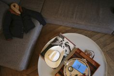 Float table designed by Luca Nichetto for La Chance in an arty and eclectic Parisian apartment - www. Parisian Apartment, Table, Design, New Homes, Tables, Design Comics, Desk, Bench