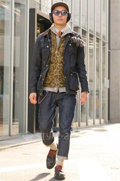layers! jacket, vests, cardigan, tie, chain and headphones-hiroyuki