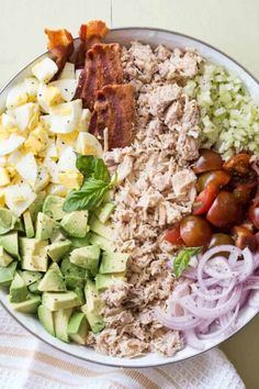 A simple chicken salad recipe with chicken breast, bacon, and eggs in a Dijon mayo dressing. Serve as a sandwich, lettuce wraps or a side salad. Avocado Egg Bacon, Avocado Chicken Salad, Chicken Salad Recipes, Bacon Egg, Avacodo Egg, Tomato Salad, Egg Salad, Cobb Salad, Bacon Recipes