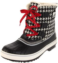 Sorel houndstooth!  These are my new boots, but I have pink laces!