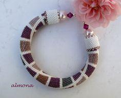 almona: Ferde horgolt / Slip Stitch Method of Bead Crochet