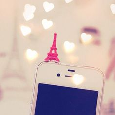 Plug para Celular Torre Eiffel - I Love Acessórios