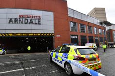 MANCHESTER, ENGLAND - OCTOBER 11: Police surround Arndale shopping centre, where a man allegedly stabbed five people on October 11, 2019 in Manchester, England. A man in his 40s was arrested on suspicion of assault, as paramedics treated five people for stab wounds at Manchester Arndale, a large shopping complex in the city centre. (Photo by Anthony Devlin/Getty Images) via @AOL_Lifestyle
