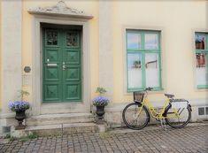 Her finder du stort set alle ledige boliger i Danmark - herunder boliger til leje. #boligertilleje  #boliger #tilleje #bolig #leje #udlejning #Danmark #lejer
