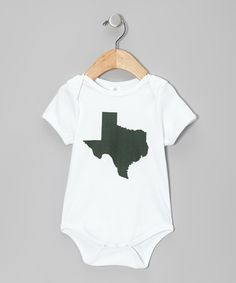 Baby can flaunt some state pride when decked out in the soft warmth of this organic cotton bodysuit. Plus, handy conveniences like a stretchy lap neck and closures at the legs make changing a snap.