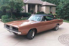 1969 Dodge Charger R/T, 440 4bbl  HD 4 speed 3.54 SureGrip Dana Axle