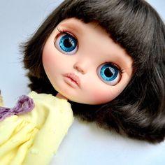 Custom Doll for Adoption by MandariniDOLLS  CHECK HERE  http://etsy.me/2zV81NJ  #blythe #dollycustom #blythecustom #blythecustomizer #ooakblythe #customblythe #kawaii #doll #artdoll #dollstagram #blythestagram #blythelover #ブライス