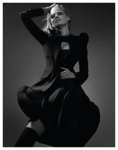 Lara Stone Photo Craig Mc Dean – Seduce Me – 2010