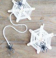 halloween kids' craft  how to make a paper plate spider (2)