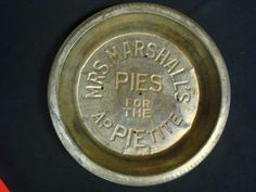 BEAUTIFUL ANTIQUE MRS. MARSHALL'S PIES FOR THE APPIETITE PAN ADVERTISING DECOR