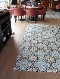 Resultado de imagen de diseños de mosaicos en suelos de madera