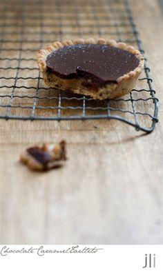 chocolate caramel tartlets