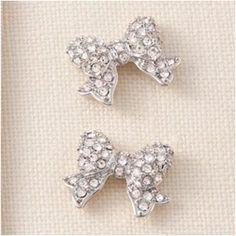 Bow earrings!