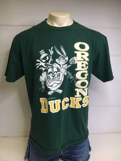 OREGON DUCKS Looney Tunes Shirt 1993 Vintage Tshirt TAZ Bugs Bunny Marvin  Martian Football Game Day Warner Bros UsA X-Large 75c437e21