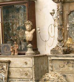 A House Romance: Elise Valdorcia, Artist and Decorator