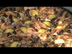La paëlla catalane Paella, Meat, Chicken, Vegetables, Food, Youtube, Spanish Dishes, Seasonal Recipe, Rice