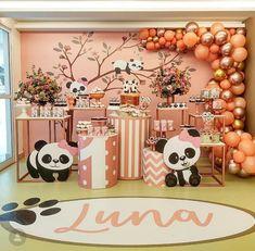 Panda Party, Bear Party, Panda Birthday, Girl Birthday, Baby Shower Giraffe, Cake Smash Photography, Gold Party, Childrens Party, Balloon Decorations