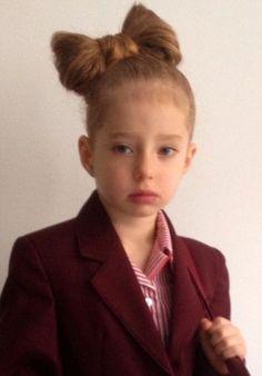 Discriminan a niña de 4 años en su escuela por este peinado