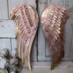 Pink and gold angel wings wall hanging shabby cottage chic distressed metal wall decor anita spero What's Decoration? Decoration may … Shabby Chic Bedrooms, Shabby Chic Cottage, Shabby Chic Decor, Angel Wings Wall Decor, Gold Angel Wings, Angel Decor, Wing Wall, Picture Hangers, Metal Wall Decor