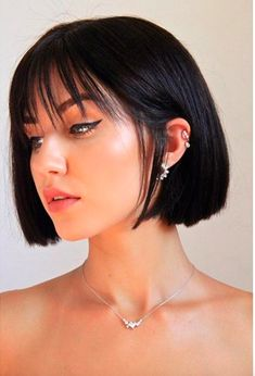 Sweet hairstyles for short straight hair - - - Cute Hairstyles Short Hair With Bangs, Haircuts With Bangs, Short Hair Cuts, Short Bob With Fringe, Makeup For Short Hair, Short Bob Bangs, Cute Short Hair, Short Blunt Bob, Sweet Hairstyles