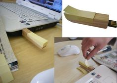 Wooden 2 GB thumb drive with Post-It Notes dispenser