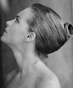 A German French actress Romy Schneider@ Romy Schneider, Alain Delon, Vintage Hollywood, Classic Hollywood, Hollywood Stars, Divas, Photo Portrait, Glamour, Animales