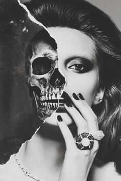 Portrait Drawing The skull is very well proportioned with the woman's head in this picture. The black and white also makes the picture blend better and look more real. The way her hair and makeup has been done compliments the skull. Vanitas, Photomontage, Fotografia Macro, A Level Art, Foto Art, Gcse Art, Skull Art, Girl Skull, Skull Head
