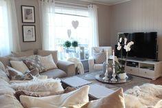Cozy Living Room Ideas for Small Apartment - The Urban Interior Beige Sofa Living Room, Cozy Living Rooms, Home Living Room, Apartment Living, Living Room Decor, Living Spaces, Beige Couch, Living Area, Living Room Inspiration
