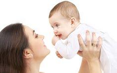 Anne Çocuk İlişkisinde Kritik Dönemler Psikolojik, zihinsel ve fiziksel birden fazla farklı niteliği ifade eden terime çocuk gelişimi denir. Annenin hamileliğiyle başlayıp, ergenlikle devam eden bu süreç, birbiriyle ilişkili bir yol izler.  Çocuklar ve bebekler belirli gelişme dönemlerinde, davranış değişiklikleriyle anne-babayı şaşırtabilir, hatta zor durumda bırakabilir.   #anne #bebek #çoçuk #kritikdönem