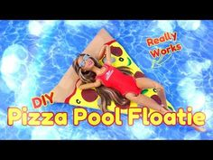 Basteln und Selbermachen: Pizza Pool Floaties & Miniatur & Schwimmt wirklic& Basteln und Selbermachen: Pizza Pool Floaties & Miniatur & Schwimmt wirklic& & The post Basteln und Selbermachen: Pizza Pool Floaties Barbie Dolls Diy, Barbie Doll House, Barbie Toys, Barbie Dream, Barbie Stuff, Doll Stuff, Barbie Hair, Diy Pool, Pool Schwimmt