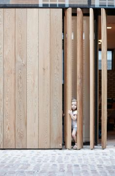 Development of London Mew by d_raw Wooden hinged screens. The London Mew Development Reconstruction Project, designed by London-based d_raw architectural and interior design team. Timber Battens, Timber Screens, Timber Cladding, Living Room Partition Design, Room Partition Designs, Gate Design, House Design, Studio Design, Outdoor Shutters