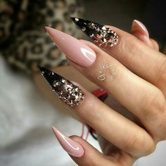 30 Great Stiletto Nail Art Design Ideas - The most beautiful nail designs Sexy Nails, Fancy Nails, Bling Nails, Love Nails, Acrylic Nail Designs, Nail Art Designs, Acrylic Nails, Nail Crystal Designs, Pastel Nails