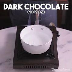 Chocolate Cups - dessert make and cake - Chocolate Chocolate Cup Desserts, Pudding Desserts, Mint Chocolate, Easy Desserts, Dessert Recipes, Cake Chocolate, Quick Recipe Videos, Nutella Cake, Dessert Cups